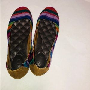 Reef tropic Bella costa multi color stripe flats 8